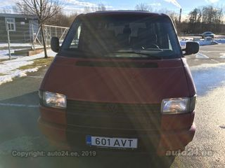 Volkswagen Caravelle Long 2.4 R5 57kW