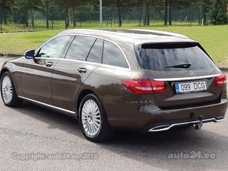 Mercedes-Benz C 220 BLUETEC DISTRONIC 9-k Exclusive Avantgarde 2.2 125kW