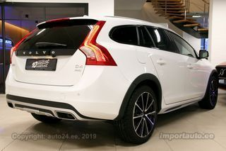 Volvo V60 Cross Country AWD SUMMUM XENIUM INTELLI SAFE 2.4 D4 140kW