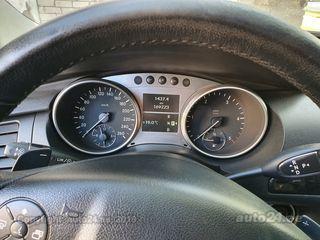 Mercedes-Benz R 320 3.0 165kW