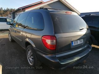 Chrysler Grand Voyager stow n go 3.3 V6 128kW