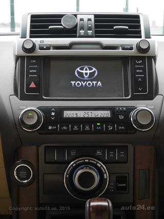 Toyota Land Cruiser Executive Off-Road & Technology Plus 2.8 130kW