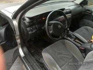Opel Omega 2.5 R6 96kW