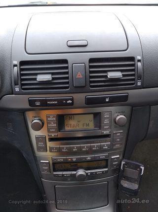 Toyota Avensis 2.0 93kW