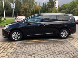 Chrysler Pacifica TOURING 3.6 214kW