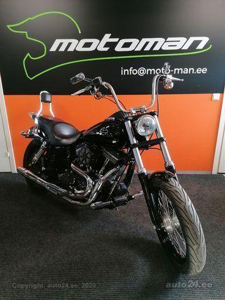 Harley-Davidson Dyna Street Bob V2