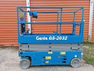 Genie Käärtõstuk GS2032