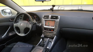 Lexus IS 220 2.2 130kW
