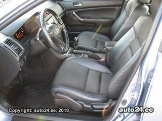 Honda Accord 2.2 103kW