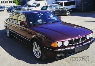 BMW 740 Long V8 210kW
