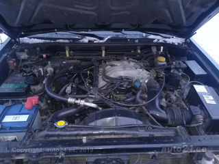 Nissan Pathfinder 3.3 V6 110kW