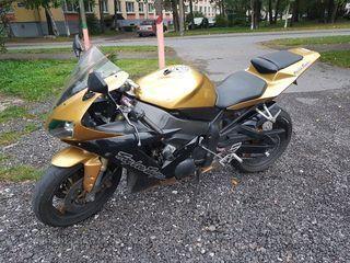 Yamaha YZF - R 1 Troy Lee Designs 112kW