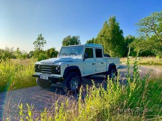 Land Rover Defender 130 2.4 90kW