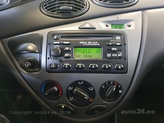Ford Focus 1.6 74kW