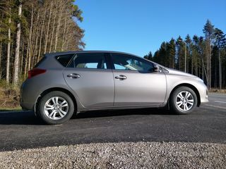 Toyota Auris Active Plus 1.6 Valvematic 97kW