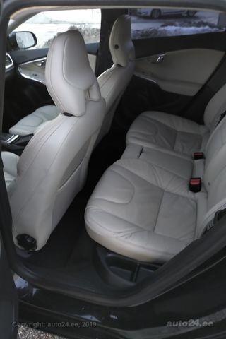 Volvo V40 D4 Summum 2.0 130kW