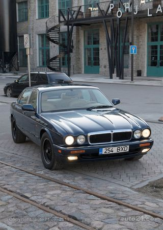 Jaguar XJ6 Sovereign 4.0 R6 177kW