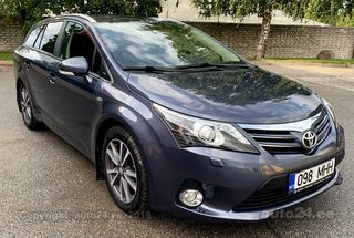 Toyota Avensis Luxury 5d Wagon Facelift 2.2 D-Cat 110kW