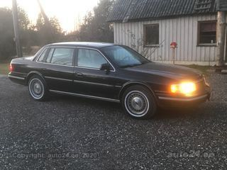 Lincoln Continental 3.8 104kW