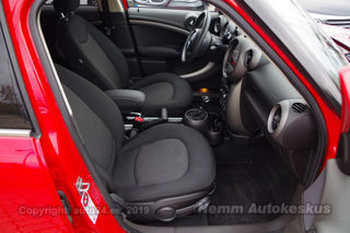 MINI Countryman Cooper Chili Red 2.0 D 82kW