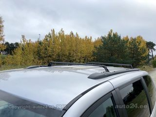 Lancia Voyager Limited my 2013 STOW N GO 7p 2.8 CRD 120kW
