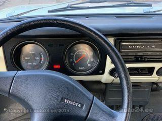 Toyota Corolla 1.2 48kW