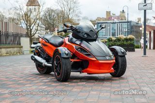 Can-Am Spyder RS rotax v2 72kW