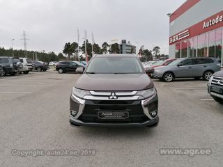 Mitsubishi Outlander Instyle Plus Safety 2.2 DI-D 110kW