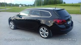Opel Astra Sports Tourer Cosmo 1.4 T 103kW