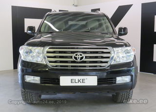 Toyota Land Cruiser 200 Luxury 4.5 210kW