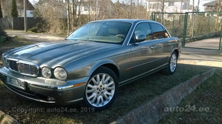 Jaguar XJ8 new engine 4.2 240kW