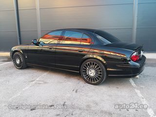 Jaguar S-Type R Black Editsion 4.2 291kW