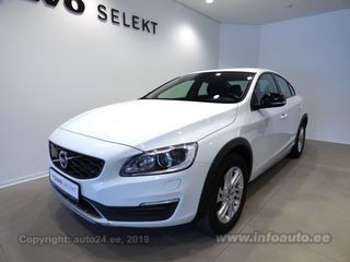 Volvo S60 Cross Country Momentum 2.0 D3 110kW
