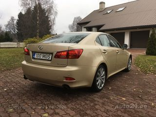 Lexus IS 250 2.5 V6 153kW