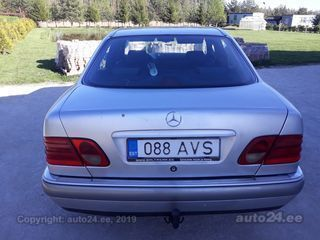 Mercedes-Benz E 220 2.2 70kW
