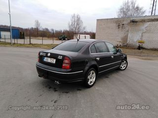 Skoda Superb 2.5 V6 120kW
