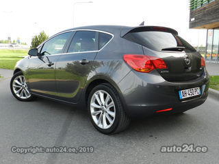 Opel Astra Cosmo Exclusive Plus 1.7 92kW