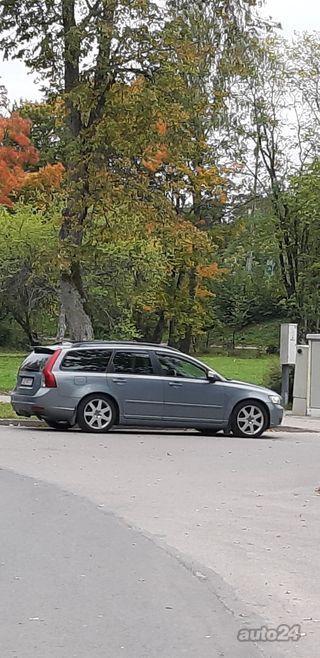 Volvo V50 summum 132kw 2.4