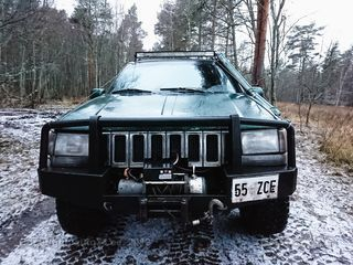 Jeep Grand Cherokee Offroad 5.2 V8 Magnum 156kW