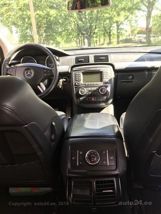 Mercedes-Benz R 320 CDI 4Matic 3.0 v6 165kW