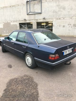 Mercedes-Benz E 300 3.0 100kW