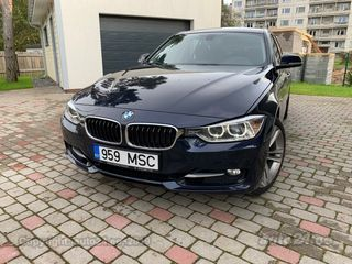 BMW 330 xDrive TwinPower Turbo Sport Line 3.0 R6 190kW