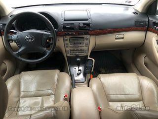 Toyota Avensis 2.4 120kW