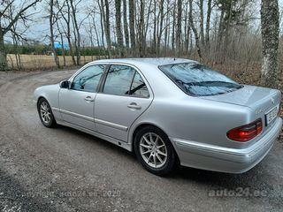Mercedes-Benz E 240 6-manuaal 2.6 125kW