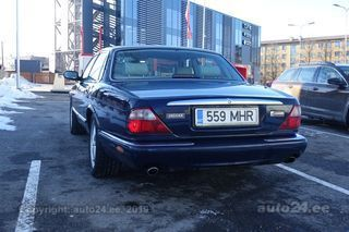 Jaguar XJ8 Executive 3.2 V8 174kW