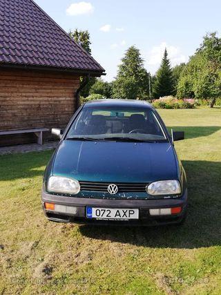 Volkswagen Golf 1.8 66kW