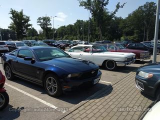 Ford Mustang Premium 3.7 V6 227kW