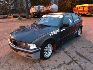 BMW 318 Is Compact 1.8 103kW