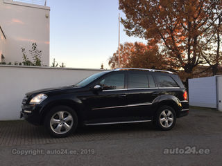Mercedes-Benz GL 350 BlueEfficiency 3.0 165kW
