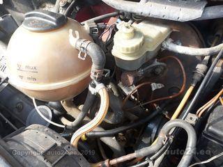 Volkswagen Caravelle 2.4 57kW